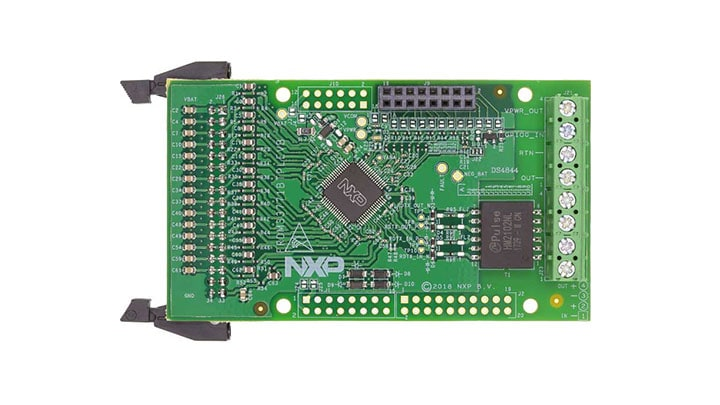 Evaluation board for MC33771 with Isolated Daisy Chain Communication