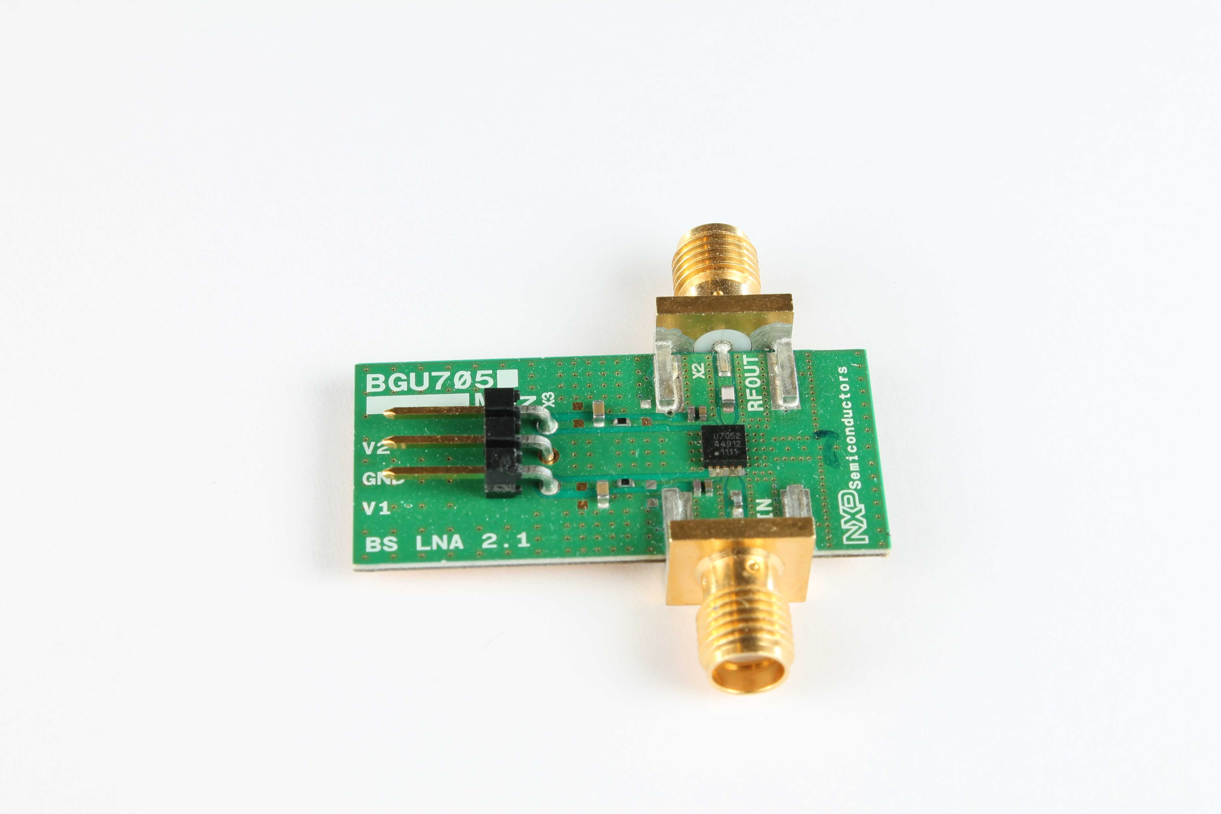 OM7927: evaluation board of the BGU7053