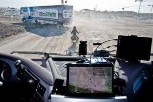 Motorcyclist-V2X-RoadLink-NXP-Siemens